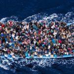 支那から大量の難民が押し寄せる