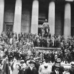 大恐慌後、国際貿易は高関税政策によって半減した