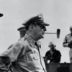 占領軍の社会主義者は、日本の軍人や官僚とは別系統だった